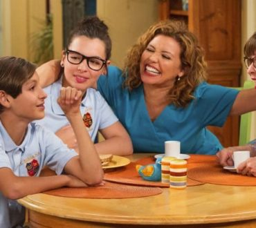 "Six Reasons to Watch ""One Day at a Time"""